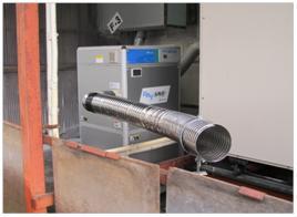 デシカント除湿器排気ダクト改良