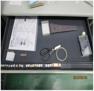 顕微鏡用具の定置管理